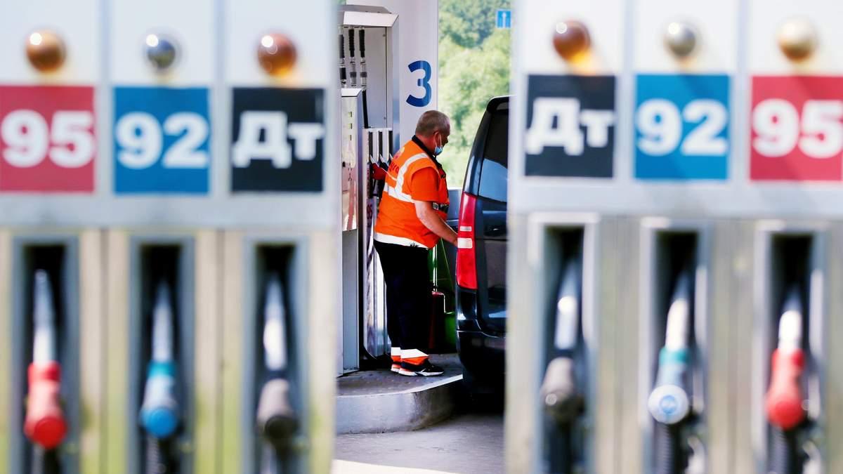 Минэкономики увеличило предельные цены на бензин и дизтопливо