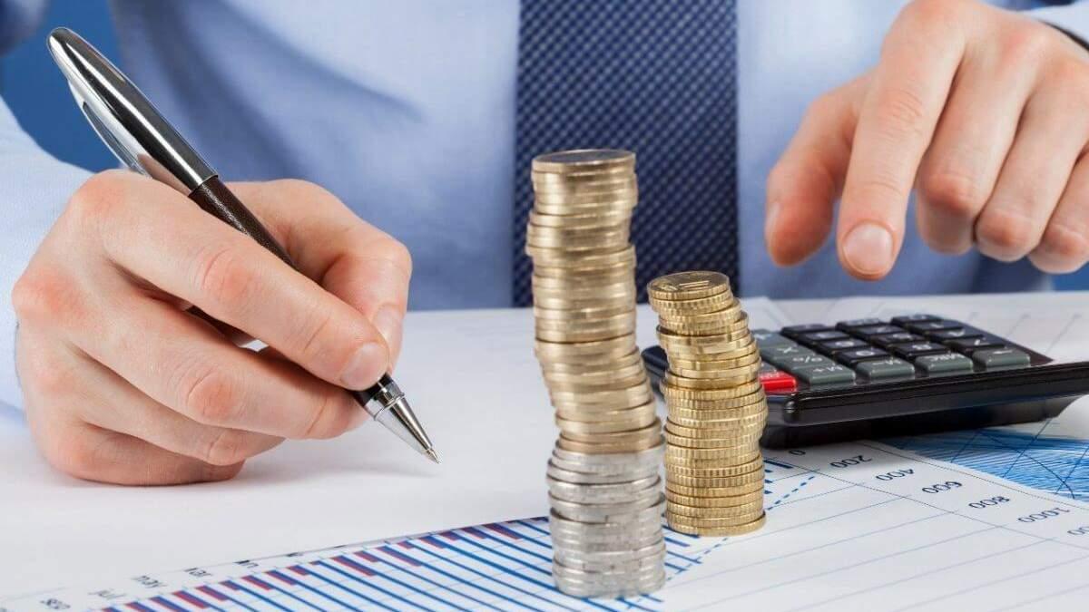 На обслуживание госдолга направлена каждая восьмая гривна из бюджета - Экономические новости Украины - Экономика