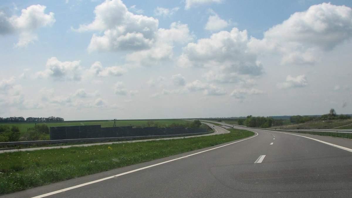 Более 80% украинцев заметили улучшение состояния дорог в Украине в 2021 году