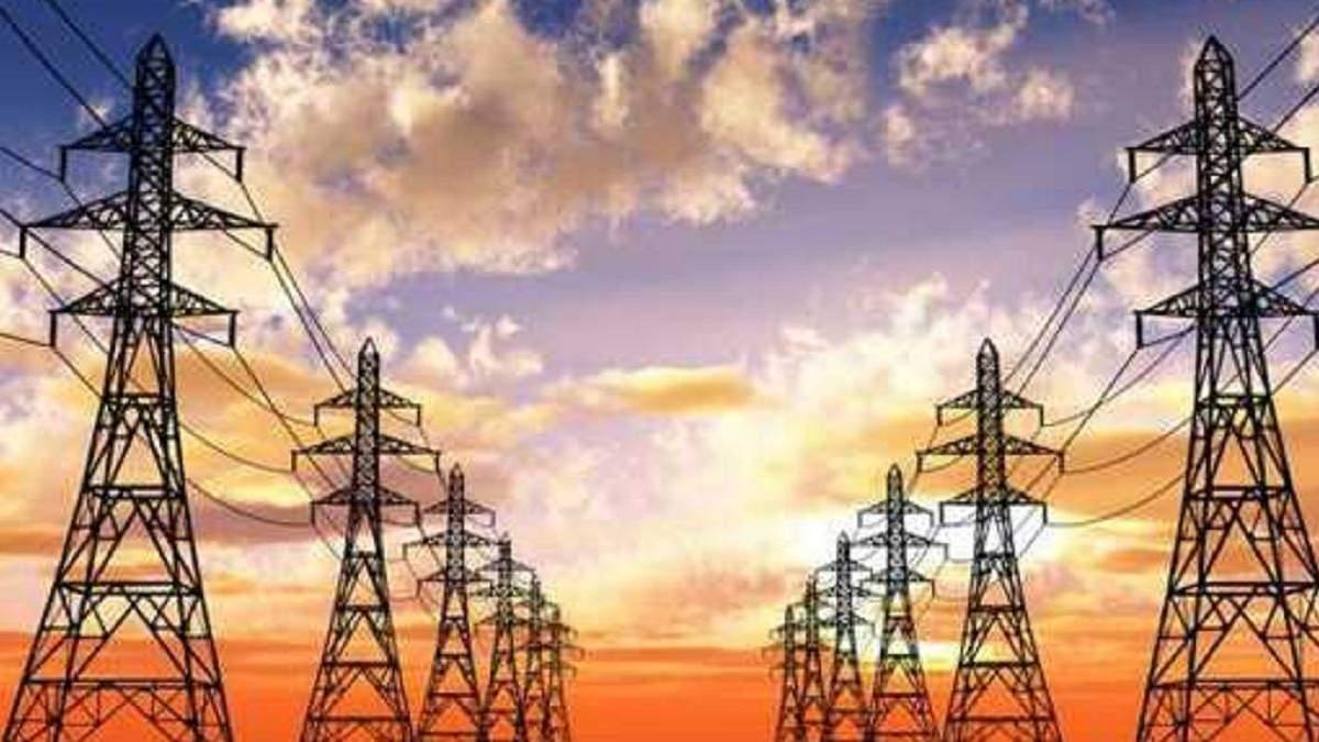 Запрет на импорт электроэнергии из России и Беларуси продлили