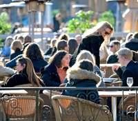 Після відмови від карантину економіка Швеції зросла більше, ніж очікувалося
