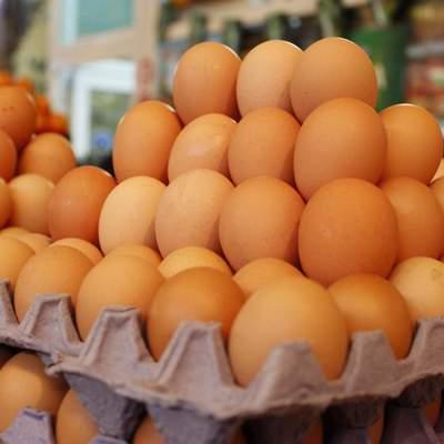 Мясо и яйца за бешеные деньги: почему растут цены на продукты
