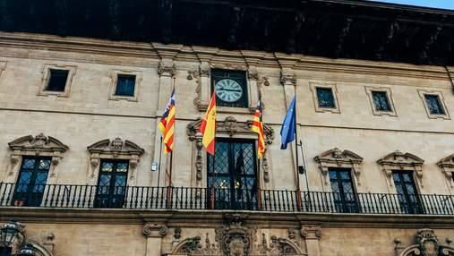 Финансовый долг Испании почти равен эквиваленту годовых расходов на пенсии в стране