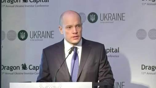 Курс доллара и уровень инфляции: в Dragon Capital рассказали, что ждать украинцам до 2022 года